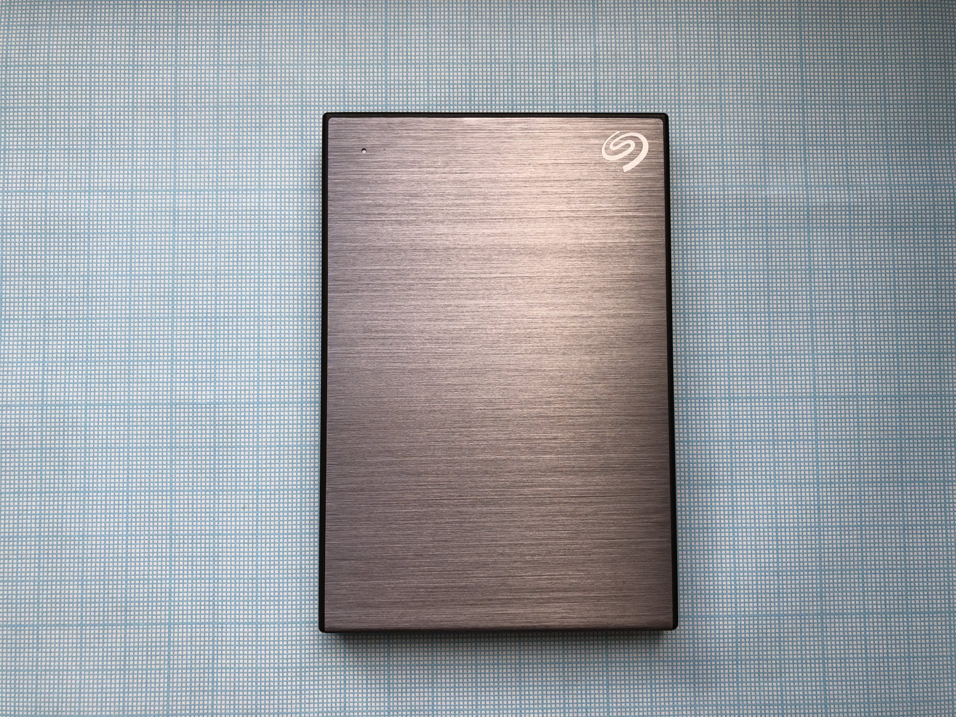 Обзор Seagate Backup Plus Slim 1 ТБ STHN1000401